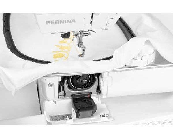 Bernina B700